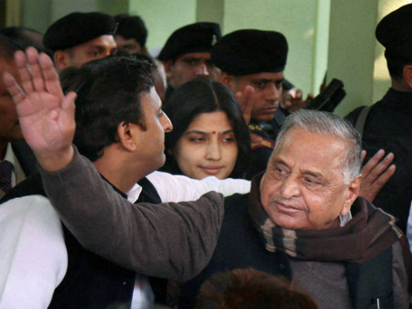 UP elections: Mulayam does a U-turn, to campaign for SP-Cong