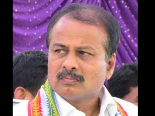 Cetre Releases Rs 450 Cr As Drought Relife Fund To Karnataka