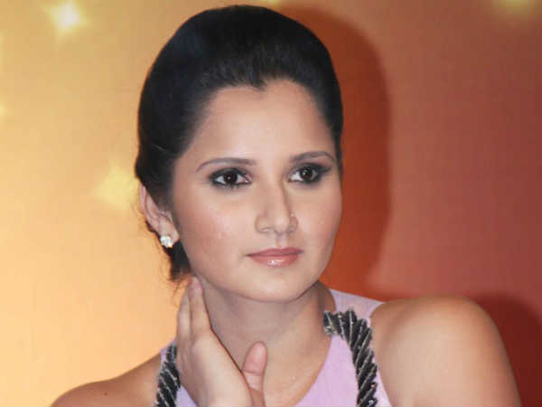 Sania Mirza denies service tax evasion over Telangana award