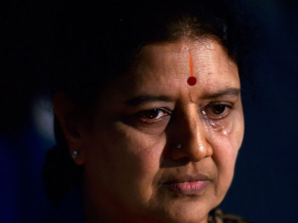 Supreme court grant 4 years jail to AIDMK leader Sasikala