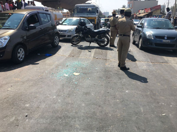 Shootout in daylight at Yelahanka, Bengaluru
