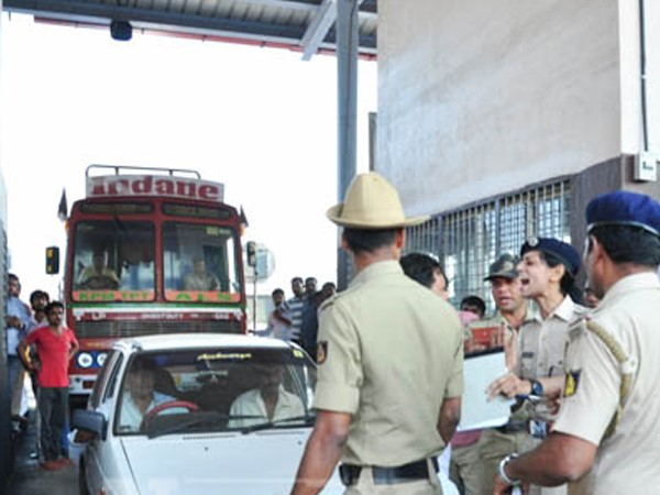 Tension prevails at Talapady toll gate in Mangaluru