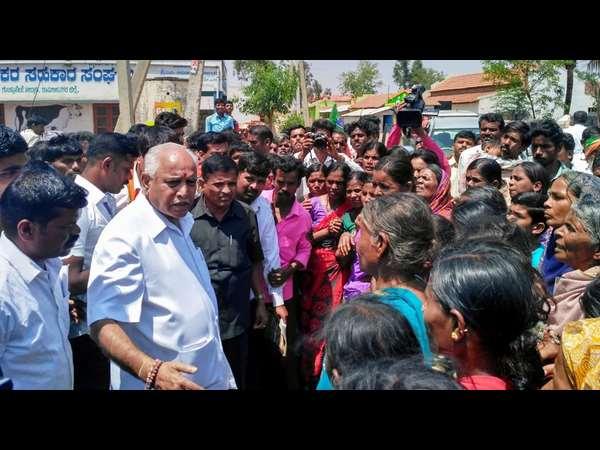 ಗುಂಡ್ಲುಪೇಟೆ: ಬಿಜೆಪಿಯಲ್ಲಿ ರಣೋತ್ಸಾಹ, ಕಾಂಗ್ರೆಸ್ ನಾಯಕರು ನಾಪತ್ತೆ!