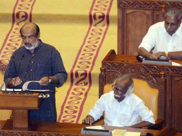 Lakh Free Internet Connections Announced By Kerala Govt