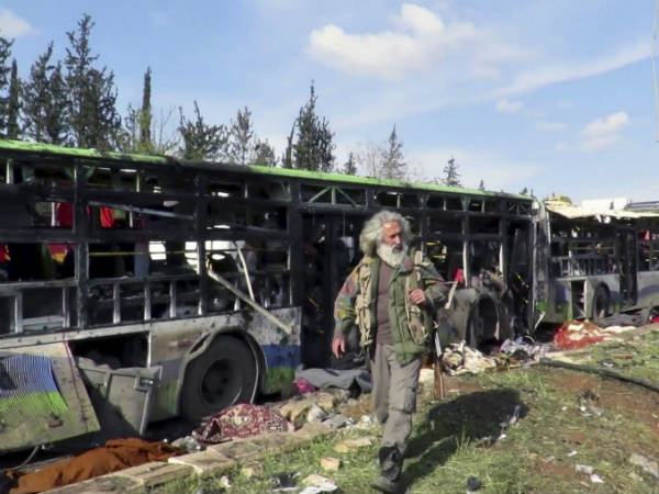 More than 100 people killed in car bomb blast in northern Syria