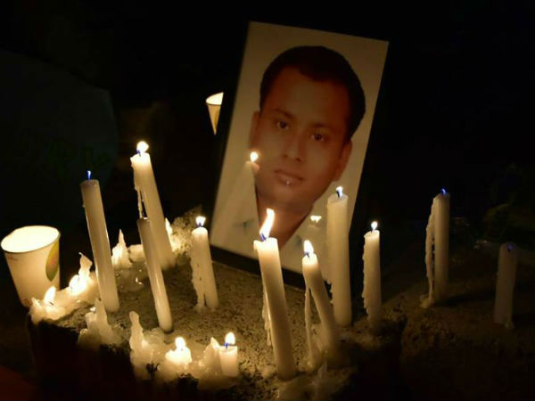 Friends Of Ias Anurag Tiwari Takes Out Candle March Demands Cbi Probe