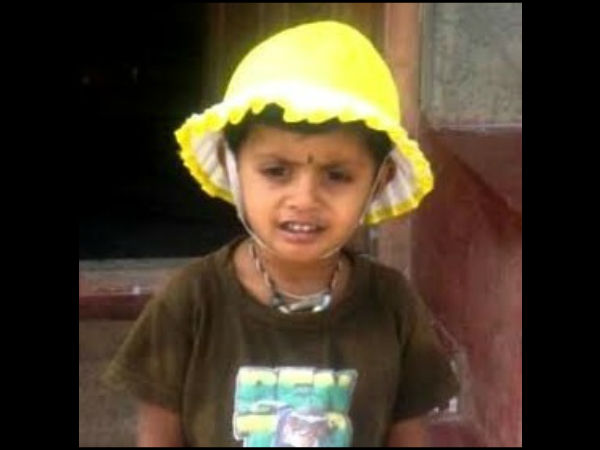 Child Died At A Car Accident In Mandya