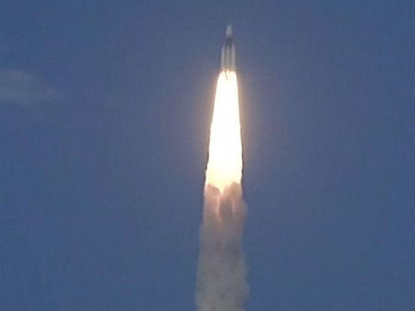 Isro Successfully Launched Heaviest Rocket Gslv Mark Iii