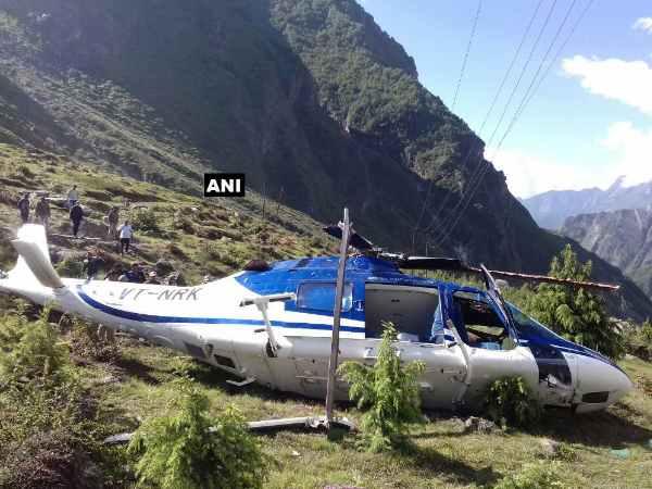 Engineer Killed 2 Pilots Injured In Badrinath Helicopter Crash