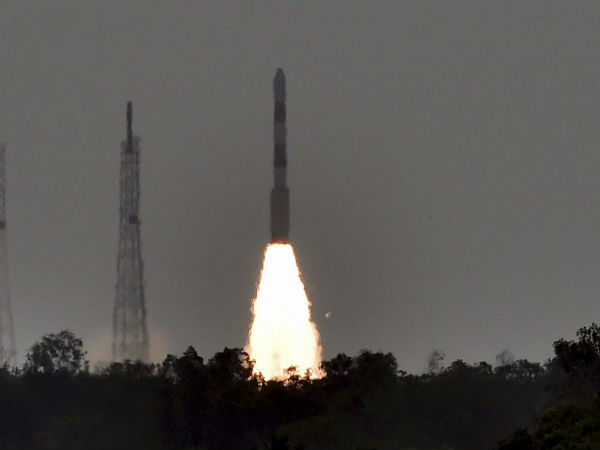 Isro Launches Pslv C38 Successfully Celebrities Congratulates