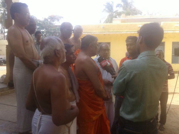 Prayer for rain in Davanagere Raghavendra swamy mutt