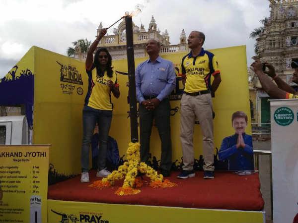 ಮೈಸೂರು: ಮಹಿಳಾ ಕ್ರಿಕೆಟ್ ವಿಶ್ವಕಪ್, ಭಾರತ ಗೆಲುವಿಗಾಗಿ ರ್ಯಾಲಿ
