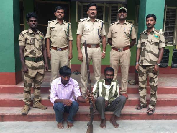 ಚಾಮರಾಜನಗರ: ಅರಣ್ಯಾಧಿಕಾರಿಗಳ ಬಲೆಗೆ ಬಿದ್ದ ಜಿಂಕೆ ಬೇಟೆಗಾರ