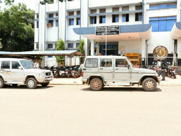 ಹುಬ್ಬಳ್ಳಿ: ಪೊಲೀಸ್ ಸಬ್ ಇನ್ಸ್ ಪೆಕ್ಟರ್ ಕಚೇರಿ ಮೇಲೆ ಎಸಿಬಿ ದಾಳಿ