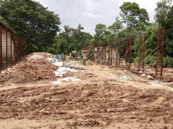 Please help to Uttaradi Mutt building construction In Mahishi