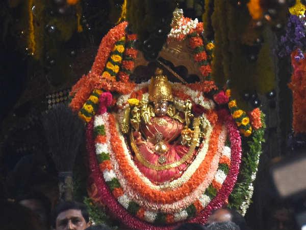 Thousands Of People Witnessed Chamundi Vardhyantotsava