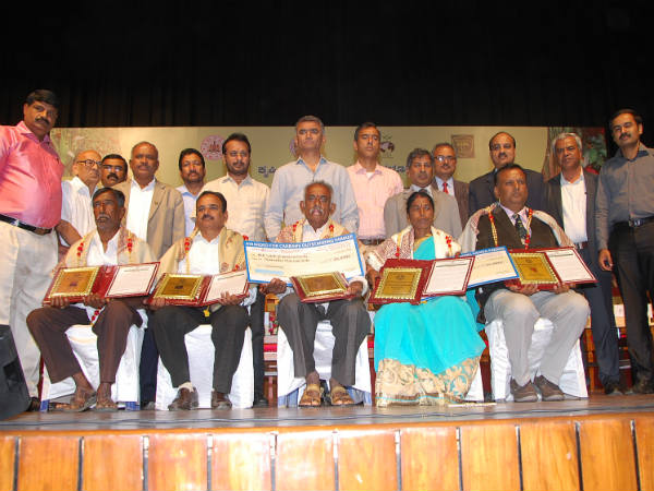 ಅತ್ಯುತ್ತಮ ರೈತ ಮತ್ತು ರೈತ ಮಹಿಳಾ ಪ್ರಶಸ್ತಿಗಳಿಗೆ ಅರ್ಜಿ