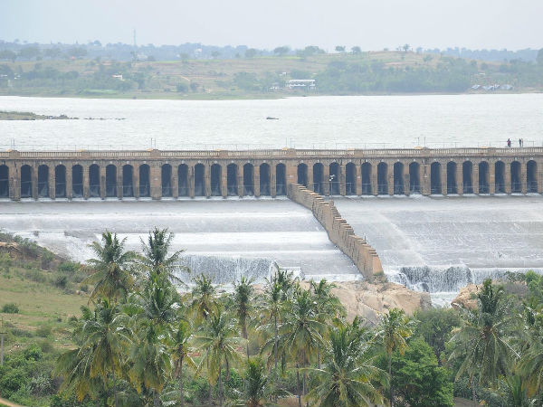 All party meeting to discuss shortage of water in Dams and reservoirs in Kaveri river valley