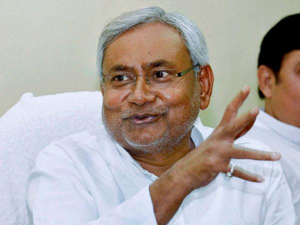 ಬಿಹಾರ ಮುಖ್ಯಮಂತ್ರಿ ಸ್ಥಾನಕ್ಕೆ ನಿತೀಶ್ ಕುಮಾರ್ ರಾಜೀನಾಮೆ