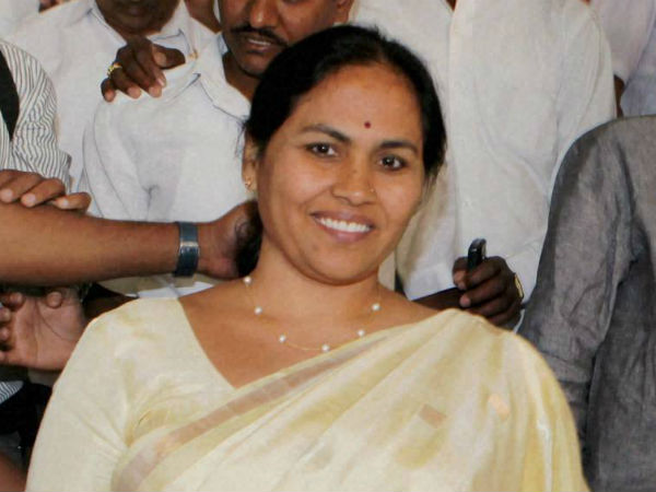 Mp Shobha Karandlaje Quotes Living Members As Dead The List To Union Home Minister