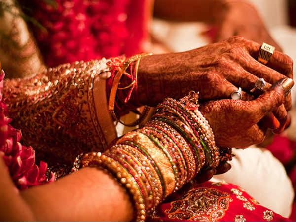 Law Commission okays bill for mandatory registration of marriage