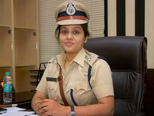 50 crore defamation case notice against DIG Roopa