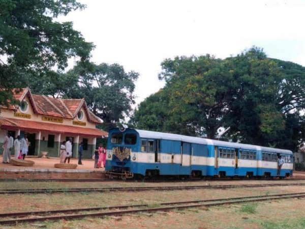 Memories Of Shidlaghatta Rail Car By Dg Mallikarjuna