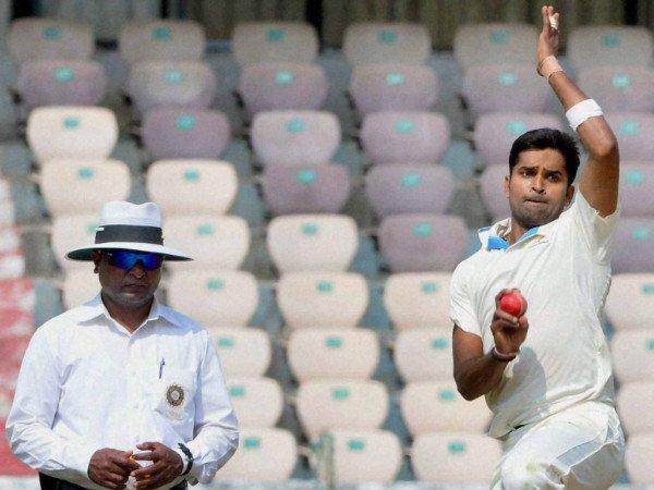 Prior To The Season Vinay Kumar Enjoys Leisure Time Europe