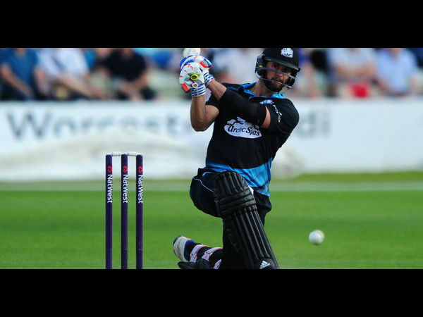 Worcestershire S Ross Whiteley Smashes Six Sixes In An Over Natwest T20 Blast