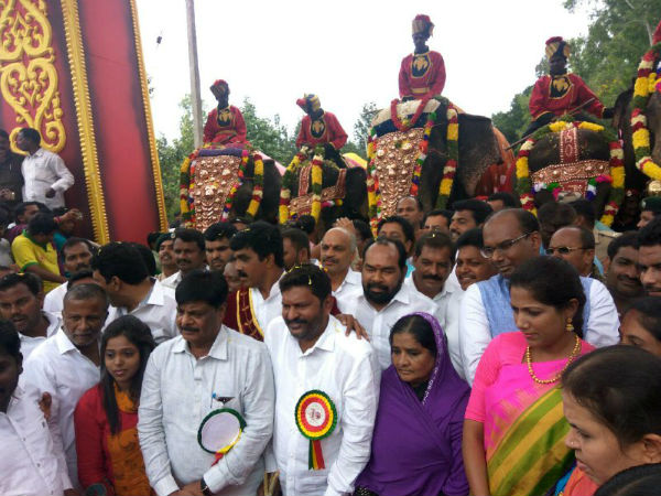 Gajapayana begins in Hunsur for Mysuru Dasara