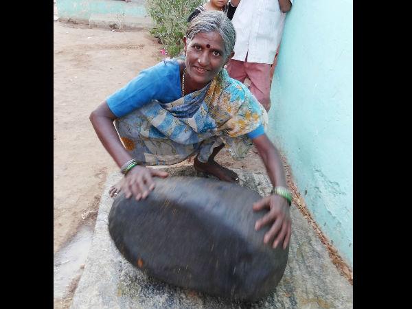 After Coming Mixer Grinder Villagers Still Using Hasikallu
