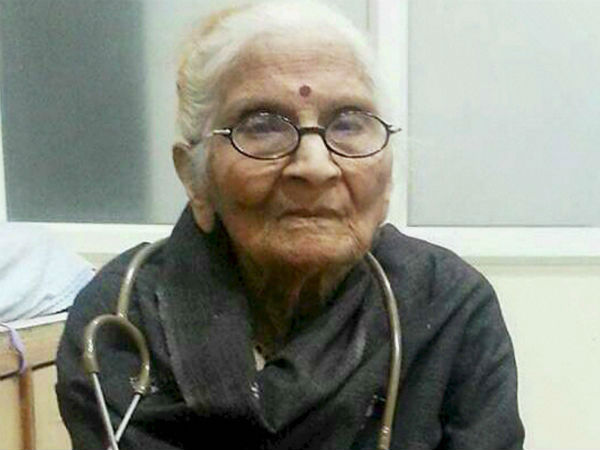 Unsung Hero Dr Bhakti Yadav Treating Patients For Free Since