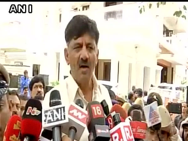 DK Shivakumar thanked media for guarding his residence for four days