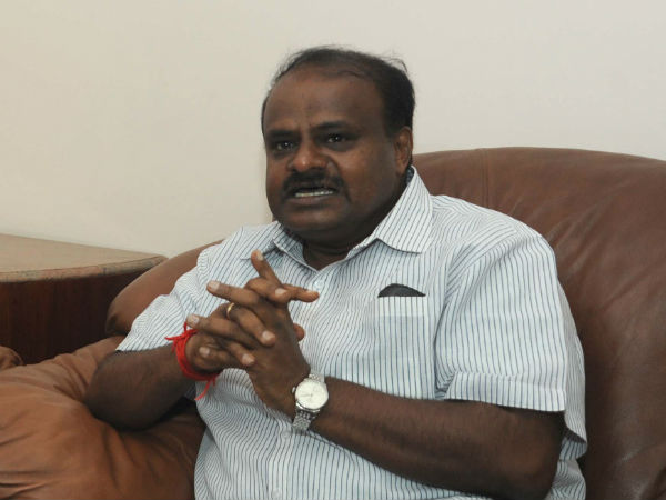 JDS president HD Kumaraswamy admitted in mount Elizabeth hospital at Singapore