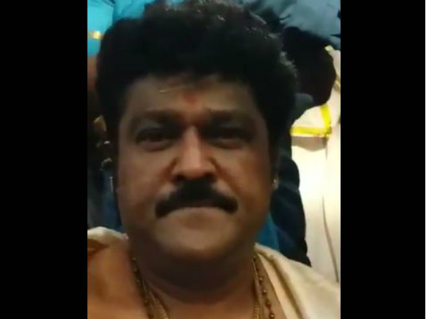 MLC Jaggesh and family visit to Sri Mantralaya Raghavendra swamy Mutt