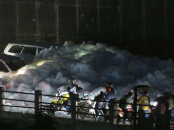 Vehicles stuck in toxic foam spilled by Bellandur Lake