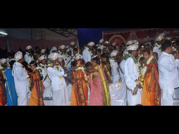 94 couples tied the knot in mass marriage ceremony at Nanjangud