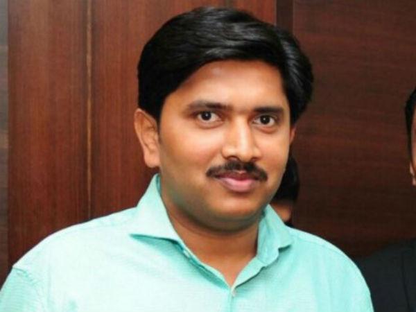 Hy Meti Case Cid Notice To Yeddyurappa Pa Santosh