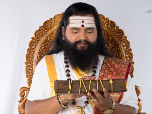 Miscreants Pelted Beer Bottles And Meat In Astrologer Ananda Guruji S House In Bengaluru