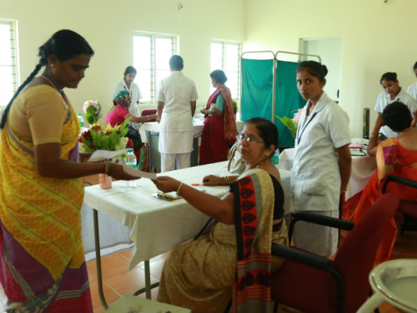 A free health check up for women in Shravanabelagola takes palce on Sep 10th