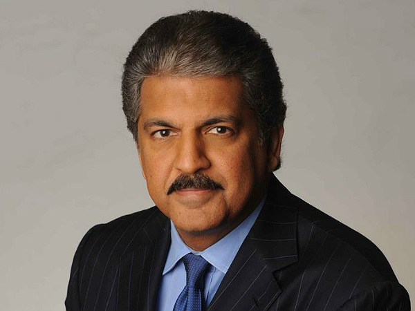 After Ratan Tata Now Anand Mahindra Backs Narendra Modi