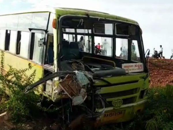 Road Accident In Bagalkot 6 Dead 2 Injured