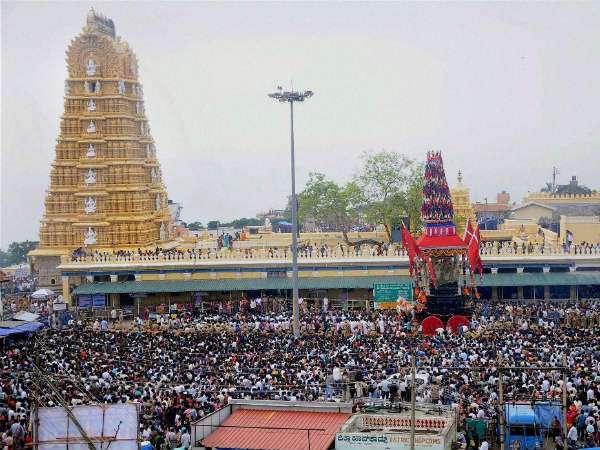 Special Pooja For Goddess Chamundi In Mysuru Dasara