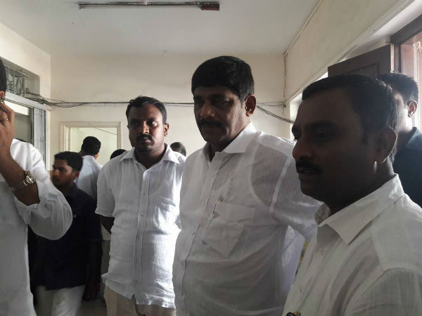 Mp D K Suresh Un Happy Over Bbmp Mayoral Polls
