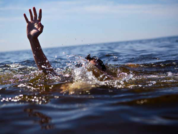 People Dead After A Boat Capsized In River Yamuna River In Up