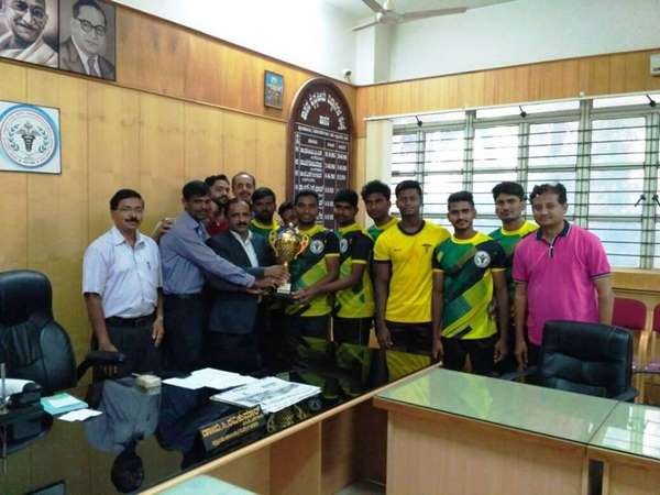 Hasan Agriculture University Students Secures 1st Place Volleyball Chess Inter College Sports Meet
