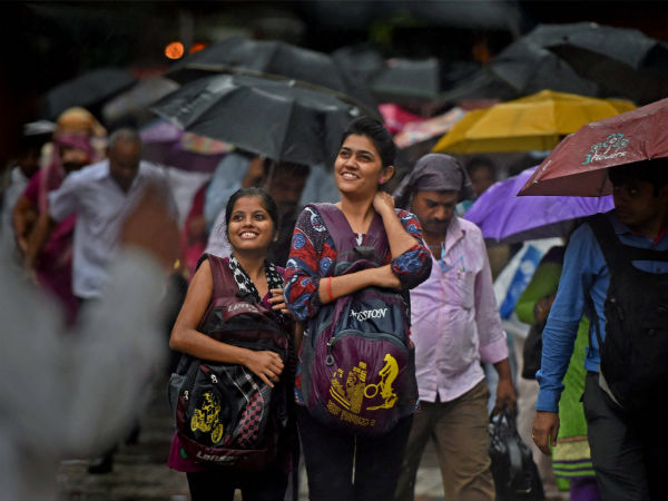 Rain Batters Mumbai 108 Flights Cancelled