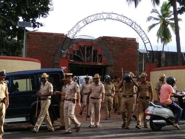 ಮಂಗಳೂರು ಕಾರಾಗೃಹದಲ್ಲಿ ಮಿನಿ ಅಂಡರ್ ವರ್ಲ್ಡ್...!
