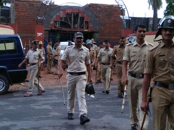 Police Raid On Mangaluru Jail In The Early Morning