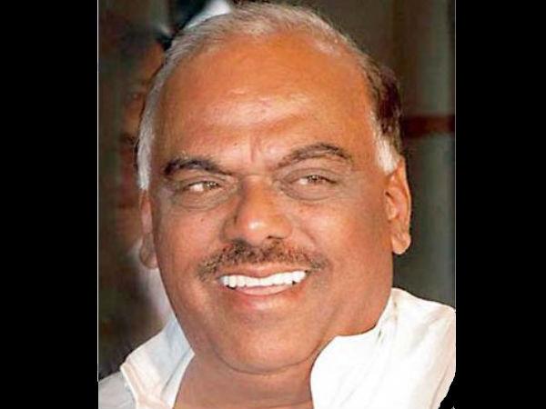 Karnataka To Get 200 Generic Medical Stores Ramesh Kumar